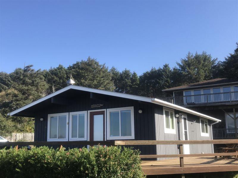 Sandpiper beach house | cannon beach vacation home.