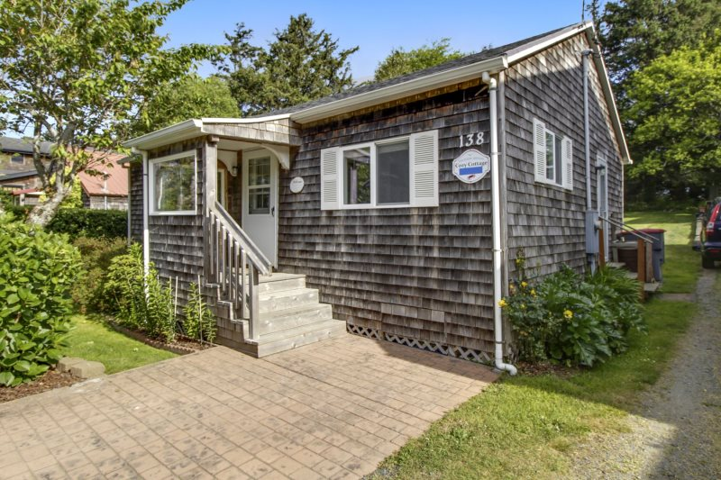 Little caper | beachcomber vacation homes | cannon beach rentals.