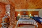 Pine Bedroom with Queen Bed and twin bed at The Barn