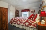 3rd bedroom  with Queen Bed & Ocean View at Haystack Close North