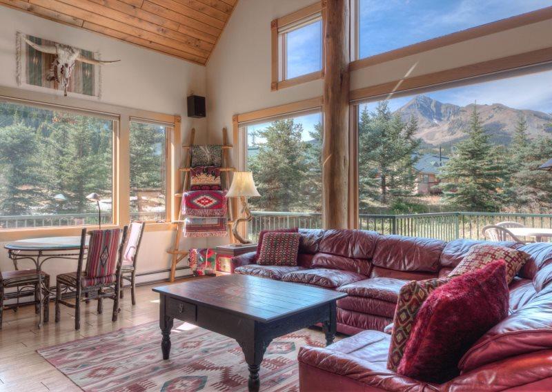 Big Sky Mountain Village Vacation Rental Living Room