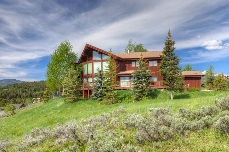 Big Sky Luxury Rental Exterior
