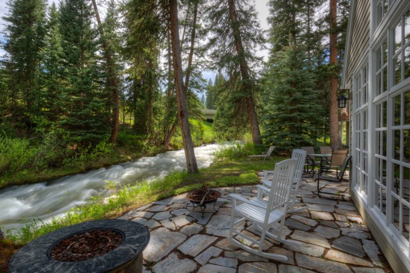 Big Sky Vacation Rentals near West Yellowstone National Park