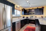 Newly remodeled kitchen, fully equipped
