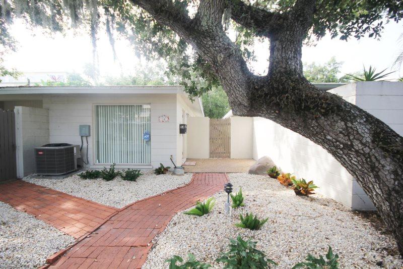 Admirable Siesta Key Beach Rentals Provincial Gardens Rentals Download Free Architecture Designs Scobabritishbridgeorg