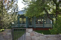 Light, Bright and centrally located in downtown Mount Shasta!