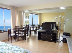 Waikiki - Beautiful Studio high floor amazing Ocean View