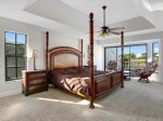 Vacanza Rentals - Villa Waterview master bedroom