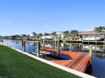 Vacanza Rentals - Villa Waterview boat dock