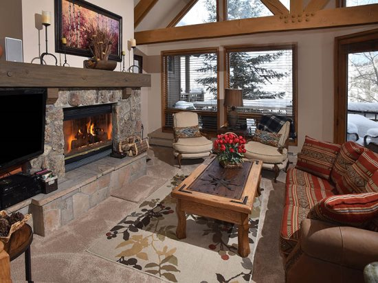 Beaver Creek Ski in Ski Out Vacation Rental Living Room
