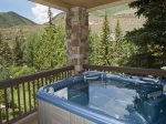 Private Hot-Tub