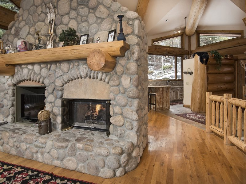 Vail Cascade Rental Great Room with Fireplace
