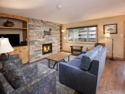 This 2 bedroom vacation condo in Lionshead Village is a short walk to the Gondola. Sleeps 6.
