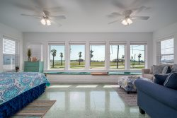 AVAILABLE - Harbor Lights Cottage~Panoramic views of Aransas Bay/Sunrise & Sunset
