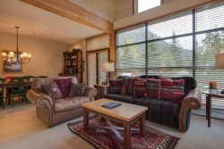 Ski Tip Townhome 8716 - On free shuttle, beautiful 2 story floor plan, washer/dryer!