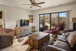 Upstairs Unit! New Furnishings! In The Heart of West Sedona! S059