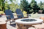 Enjoy the outdoor firepit and views of Sedona