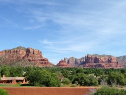 Beautiful, Contemporary SW Ranch-Rambler Style Home in the Sedona Golf Resort Subdivision is a Golfers Dream! BIGHORN - S038