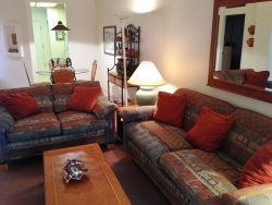 Cozy, cute little Condo in popular West Sedona Neighbohood - Penstemon - S085