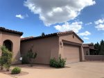 Las Piedras is a tranquil and well-maintained community near the base of Wild Horse Mesa