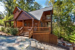 Honeybear Lodge - Toccoa River Access &  2.3 Miles from Downtown Blue Ridge!