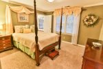 Queen Bedroom on Upper Level