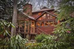 Mountain Waters Lodge - Creekfront Home, Hiking & Biking Right From the Cabin
