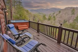 Apple Creek - Romantic, Cozy Cabin with Great Views