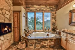 Kickin' High Lodge - Stunning Custom Log Home