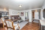 Downtown Bungalow - Right in the Heart of Ellijay