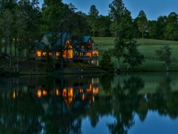 Falling Waters Lodge - Spectacular Lake Front Home