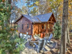 Misty Ridge - Adorable Log Cabin with beautiful views