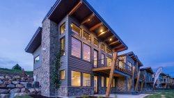Mountain Modern Decor, Sweeping Valley Views