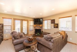Moose Hollow 1312 Wolf Creek 3 Bedroom with Panoramic Views!