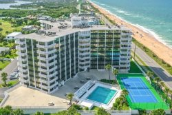 NAUTILUS CONDO WITH VIEWS OF BOTH THE OCEAN AND THE INTRACOASTAL WATERWAY!