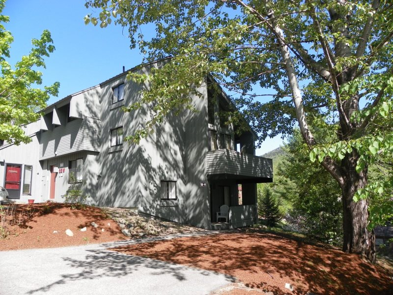 Strange Large Vacation Rental Condo In Lincoln New Hampshire Home Remodeling Inspirations Basidirectenergyitoicom