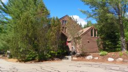 Roomy Pet Friendly  Vacation condo in Waterville Valley  Family Resort