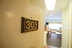 Townhouse Unit at Inns of Waterville Valley sleeping families up to 8 people- Close to Town Square