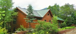 Beautiful Large 5 Bedroom Log Home Close to Loon Mountain!
