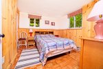 Queen bedroom in the Waterville estates community, Campton NH