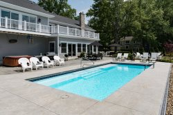 Lamb Guest House - Swimming Pool, Hot Tub & Fire Pit