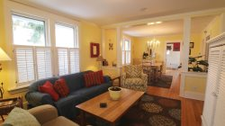 Sandpiper Inne - Cozy Cottage w/ Sun Porch 2 Blocks to Kids Corner Park & South Beach Blue Stairs