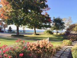 751 Monroe - Enjoy Lake and Sunset Views!