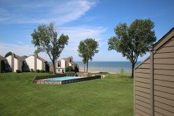 Beachfront Condo on South Havens Golden Mile. Pool, Hot Tub & Tennis