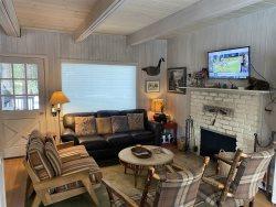 3937A- Tahoe Meadows cabin, walk to beach