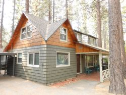 V52-Across the street from the lake!  Close to public beaches, bike trails, walk to restaurants