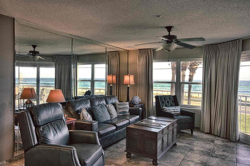 2nd Floor King Bed Queen Sofa Sleeper You Ll Enjoy This Roomy Condo Overlooking The Gulf