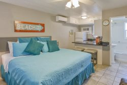 22 Tropic Terrace Charming Studio on the Gulf