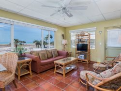 27 Tropic Terrace Charming 1 Bedroom on the Gulf