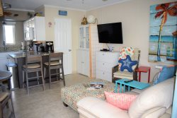 45 Tropic Terrace Charming 1 Bedroom on the Gulf